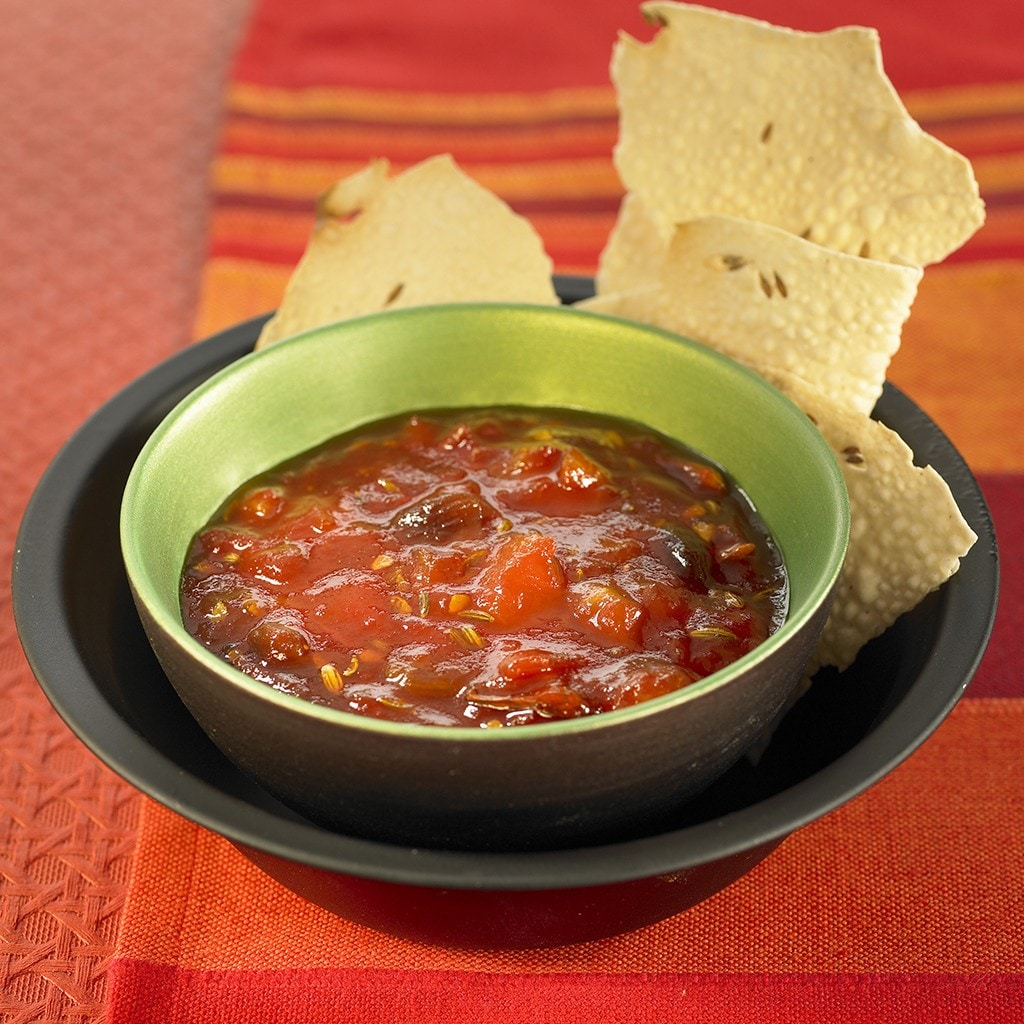 Raisin and Date Chutney with Pomegranate Juice